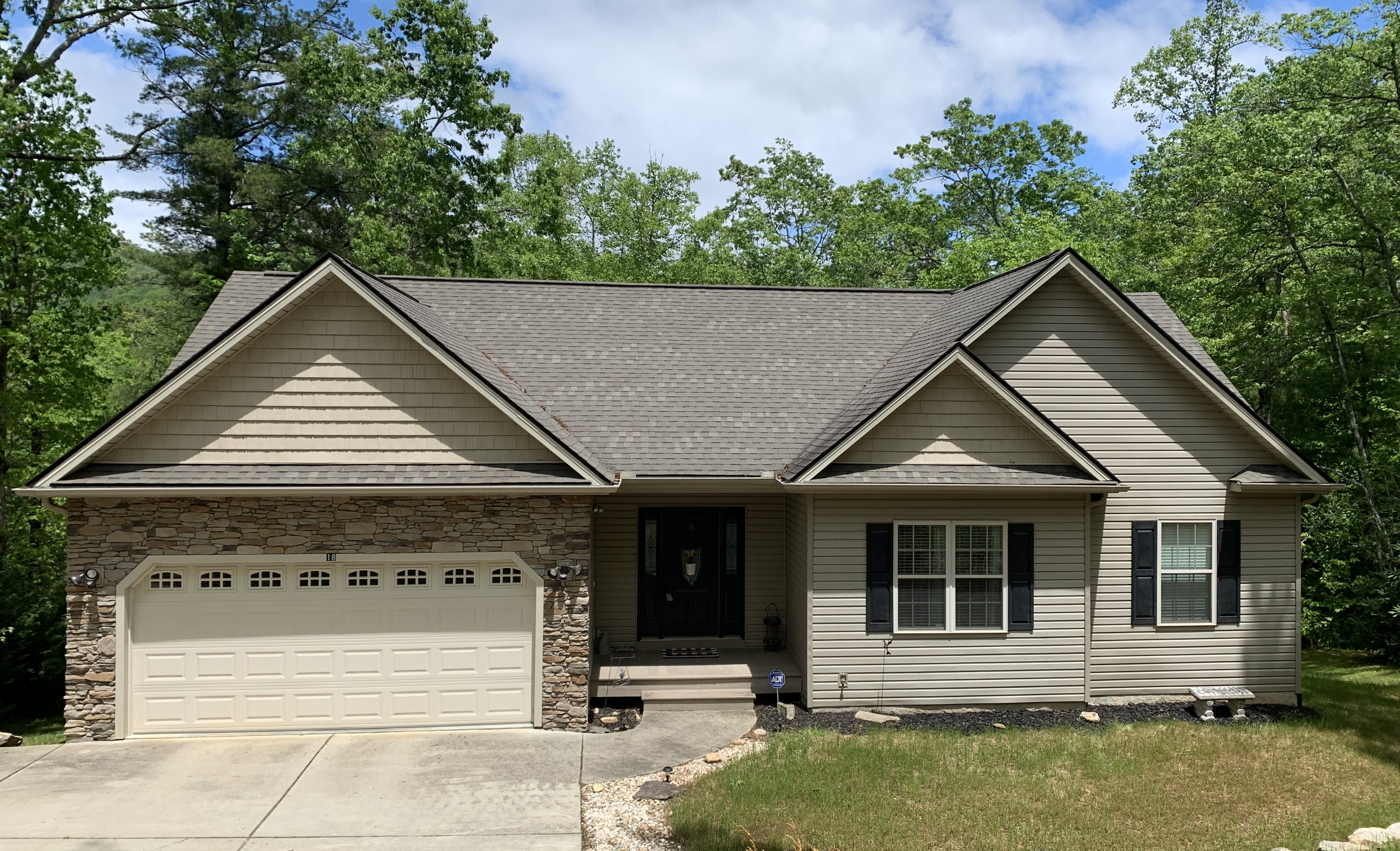 SOLD 18 Pineview Road, Fairview NC 28730